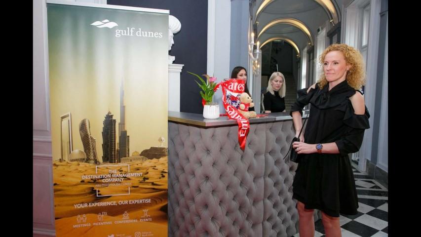 Emirates Strona 158