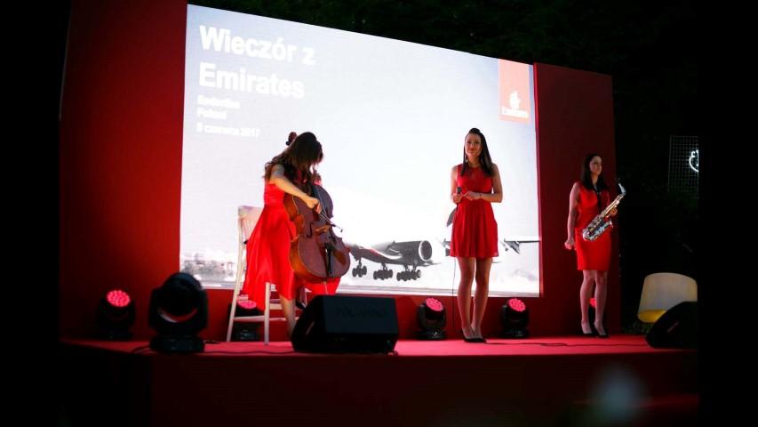 Emirates Strona 342